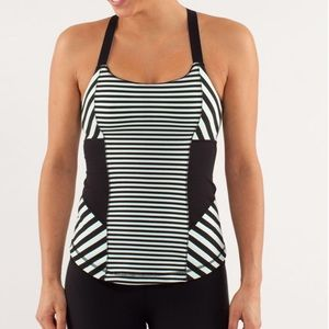 ☀️Lululemon Work It Out Striped Tank Top Size 4